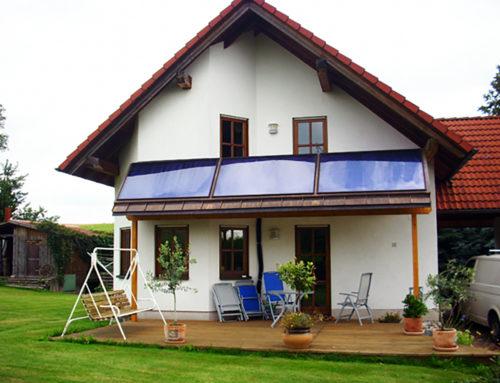 Solarthermie als Balkonverkleidung